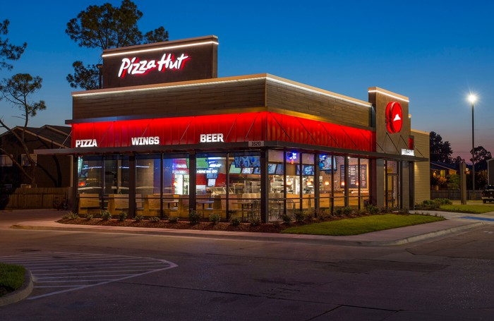 The exterior of a Pizza Hut.