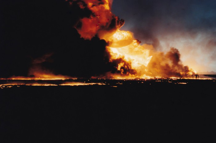 Oilfields ablaze in Kuwait during the first Iraq War