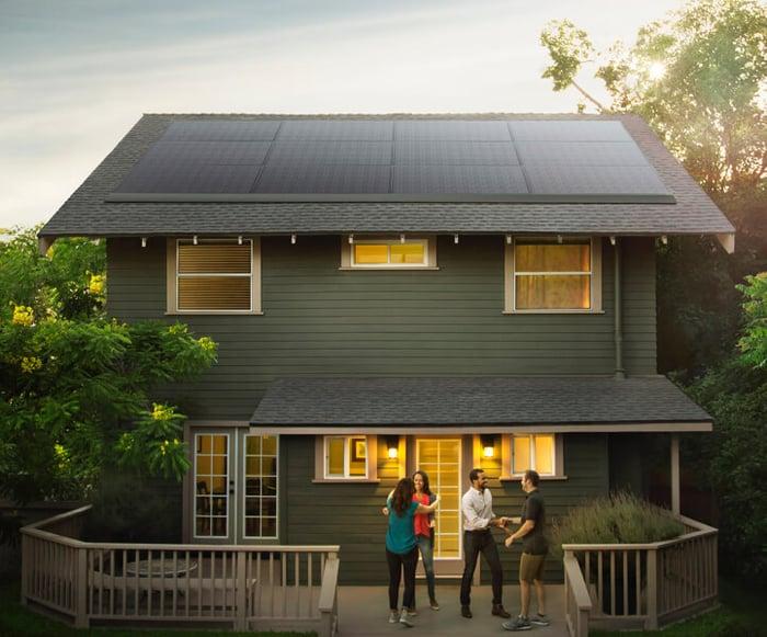 Tesla's new low-profile solar panels