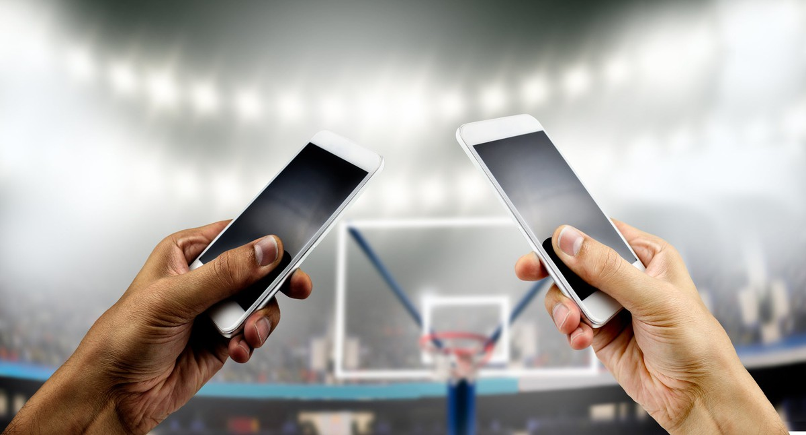 Better Buy: Apple vs. Samsung
