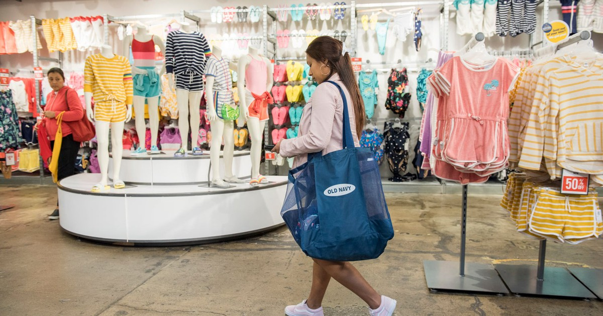 Forever 21 Bankruptcy Should Worry Investors About Old Navy IPO