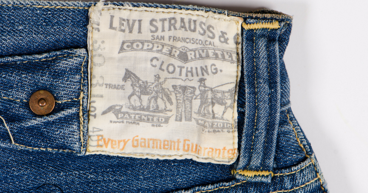 Can 100 New Stores Get Levi Strauss Growing Again?
