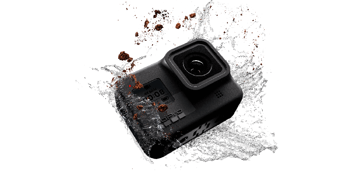 Hero 8 Black getting splashed in water