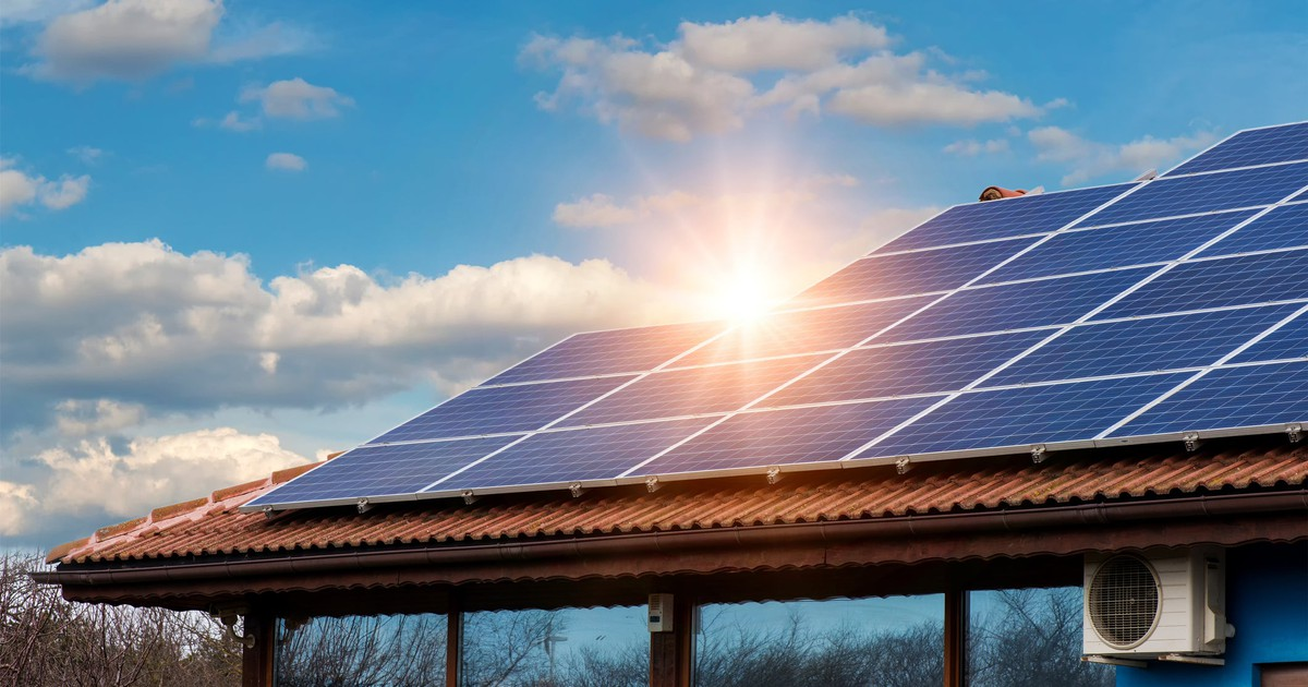 Why SolarEdge Is the Top-Performing Solar Stock