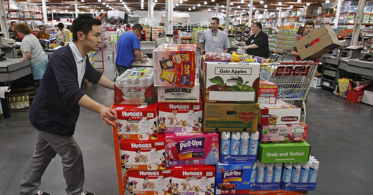 Costco's Fans Propel the Stock Higher