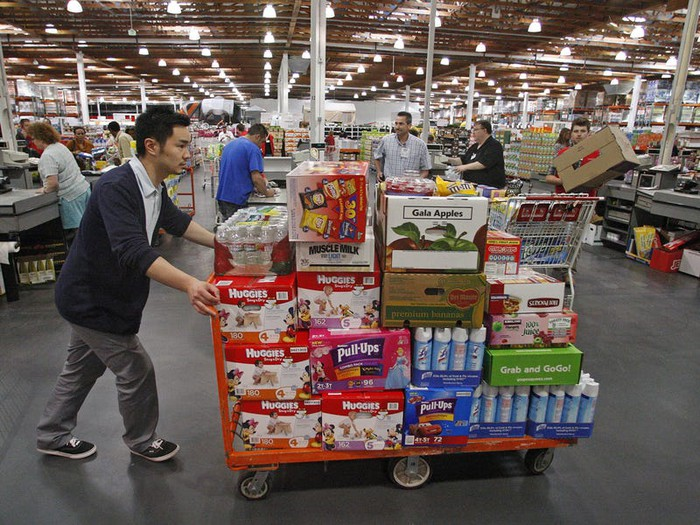 Costco employee moves bulk household products
