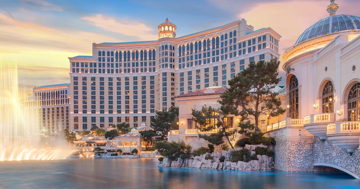 Stock Market News: MGM Sells Vegas Icons; United Flies Higher