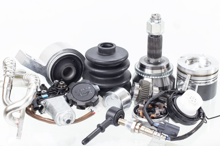 Assorted automotive vehicle parts.