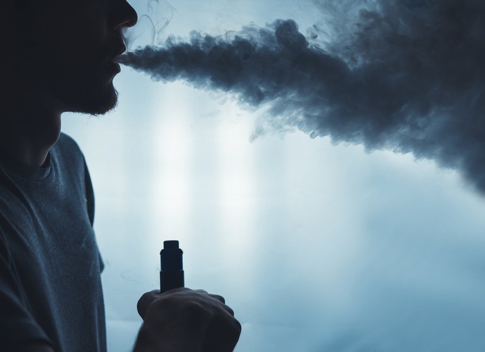 A person vaping