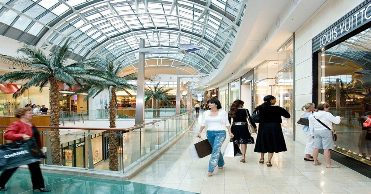 High-End Mall REITs Take a Hit From Forever 21 Bankruptcy