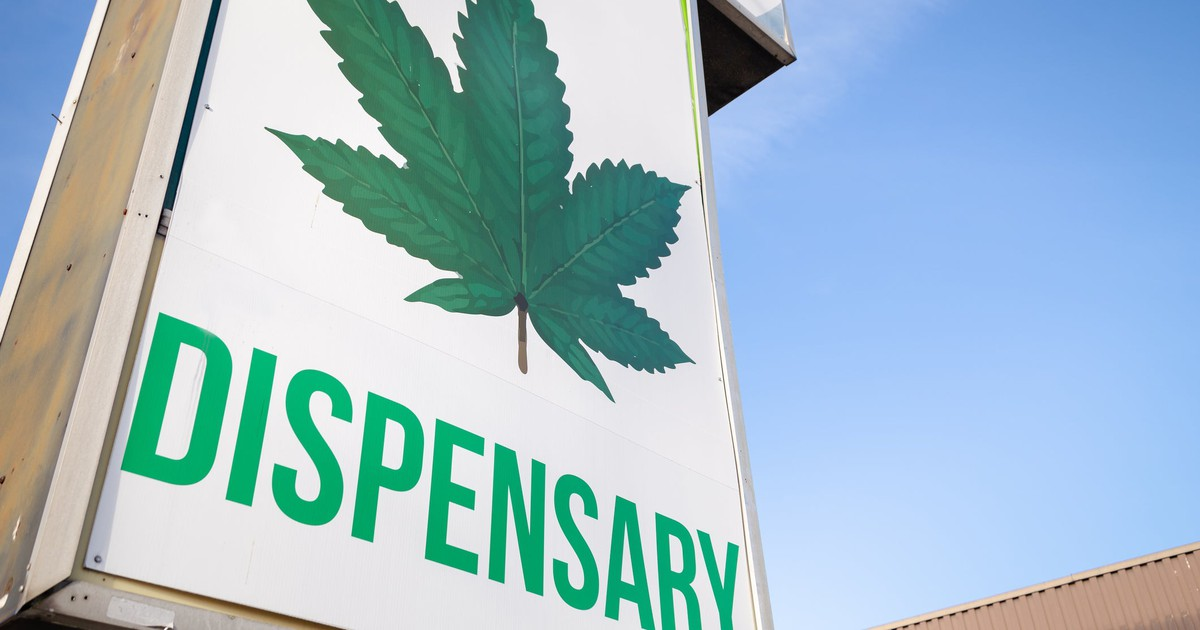 These 2 States Are Sabotaging Their Respective Marijuana Industries