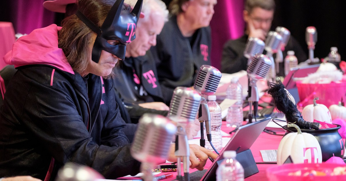 Could T-Mobile Really Lose CEO John Legere to...WeWork?