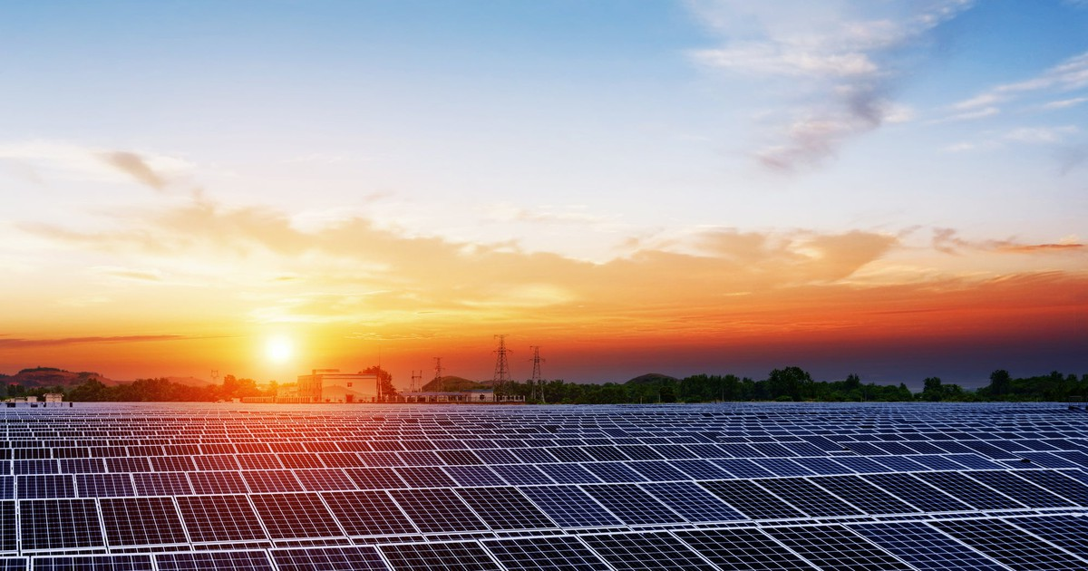 Why Canadian Solar's Shares Plunged 15.6% Today