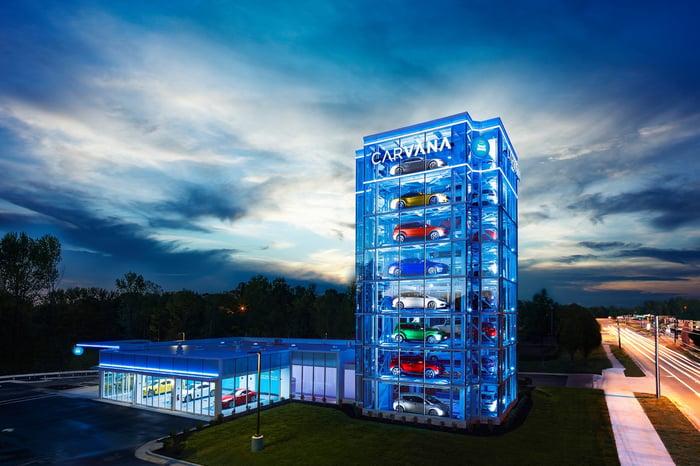 Carvana vending tower in Charlotte