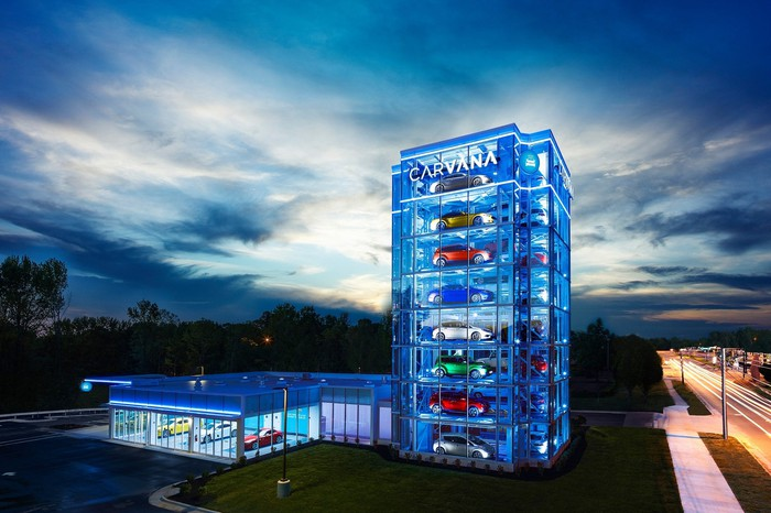Carvana vending tower in Charlotte