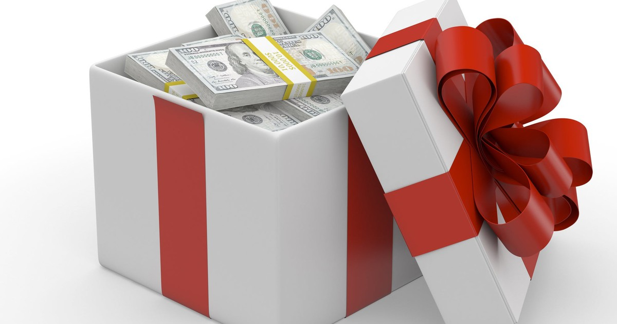 Gift Tax in 2020: How Much Can I Give Tax-Free?