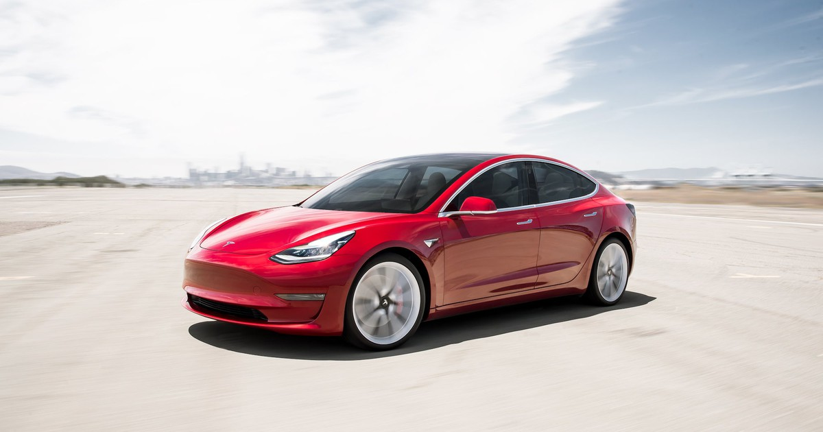 Tesla Model 3 Deliveries May Double This Year