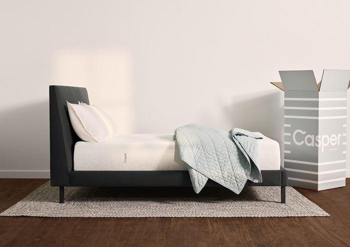 Bed with Casper mattress box