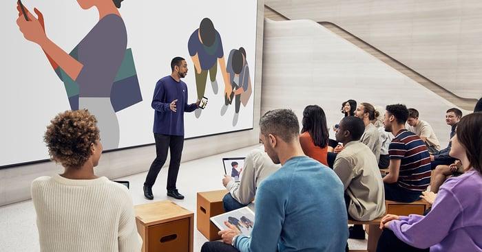 An Apple class for iPads at an Apple Store classroom.