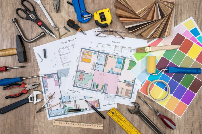 house plan with working tools
