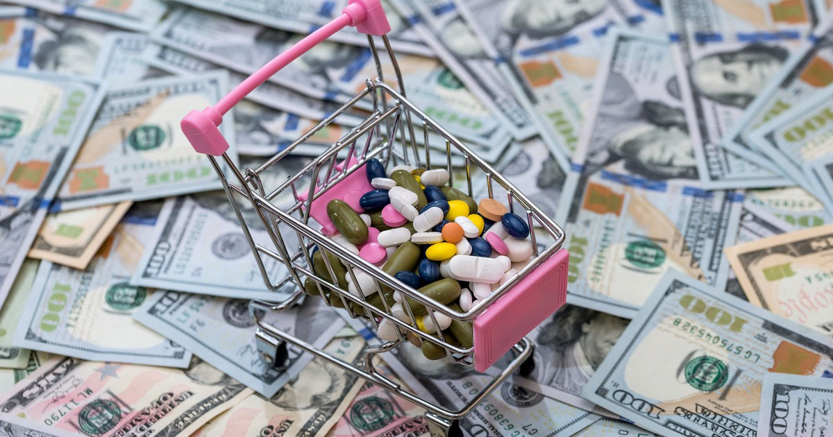 Is Merck's Decision to Slim Down a Buying Opportunity?