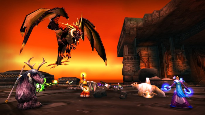 players attack Nefarian in World of Warcraft Classic