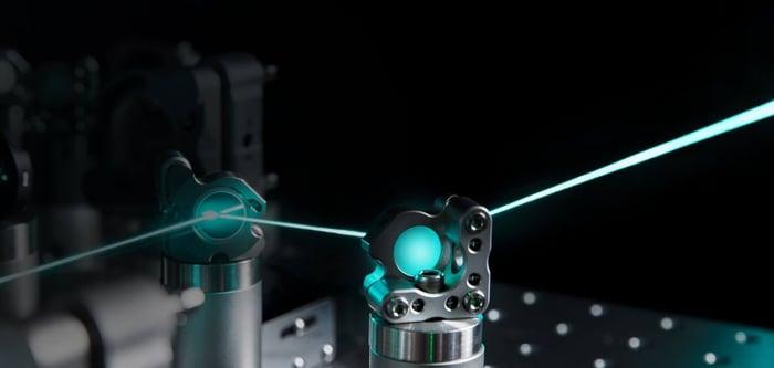 A laser going through lenses.