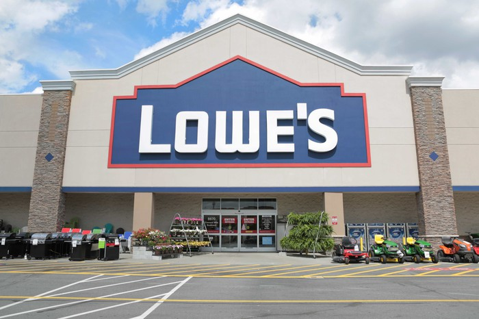 The entrance to a Lowe's store