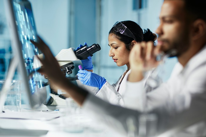 Two researchers in a lab.