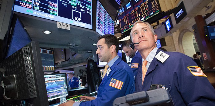 Traders on the NYSE.