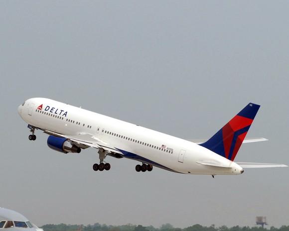 Delta airplane in flight.
