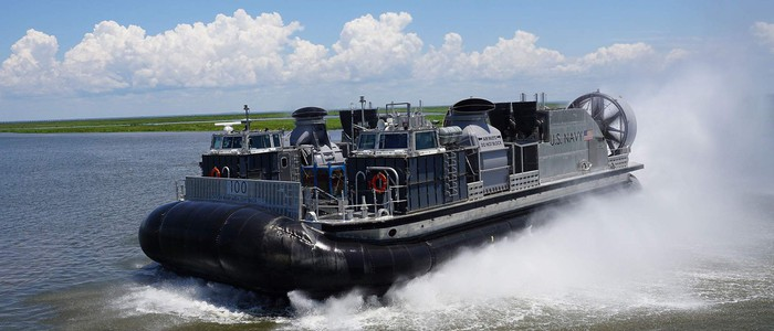 Textron LCAC 100 Class at sea.