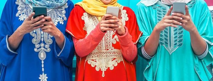 Indian people using smartphones