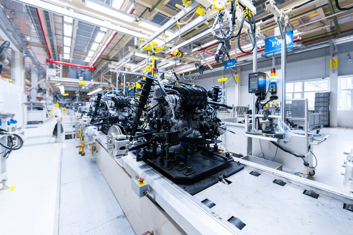vehicle manufacturing assembly line