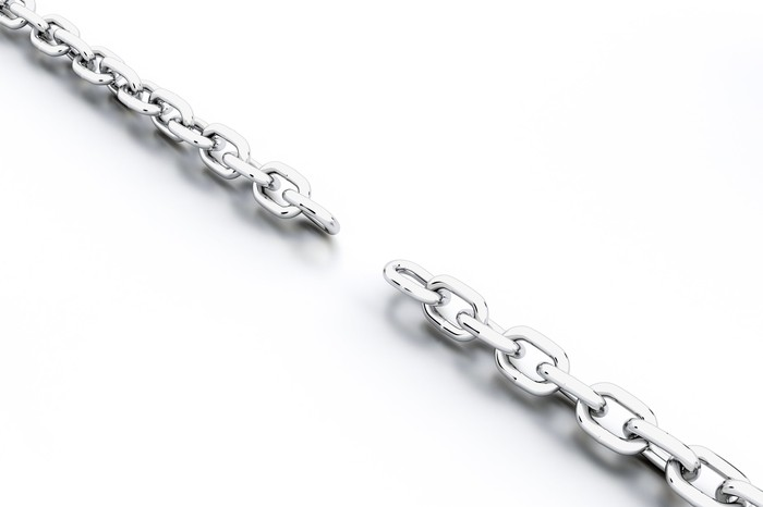 Chain with a missing link