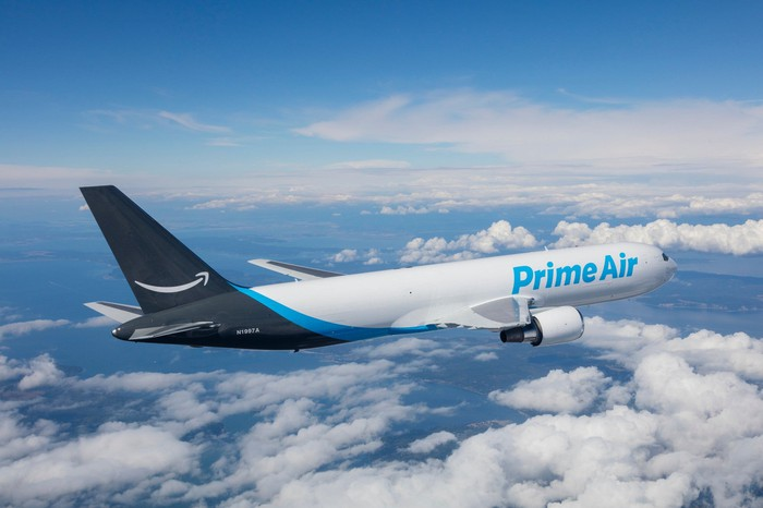 Amazon Prime Air air transport in flight.