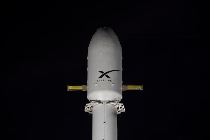 Top of SpaceX rocket that launched Saturday showing the fairing.
