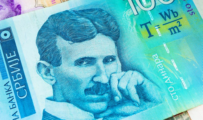 A Serbian 100-dinar note, on which Nikola Tesla is pictured.