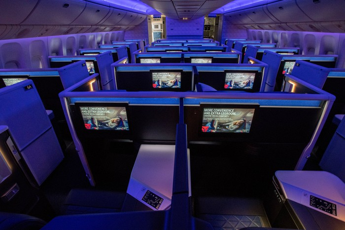 The renovated interior of a Delta Boeing 777