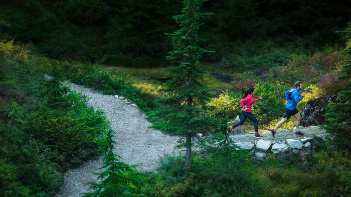 outdoor trail runners