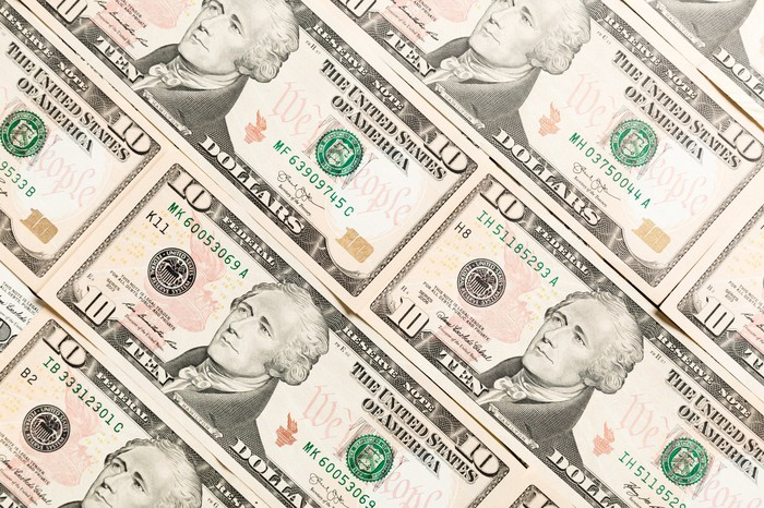 $10 bills displayed in rows