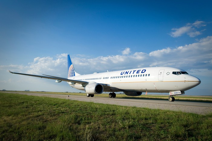 A United Airlines jet taxis to the runway.