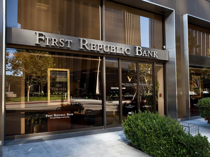 The exterior of a First Republic Bank