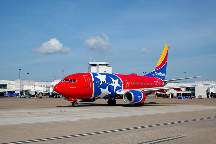 "Southwest's ""Tennessee One"" aircraft visits Nashville on opening day of Terminal D."