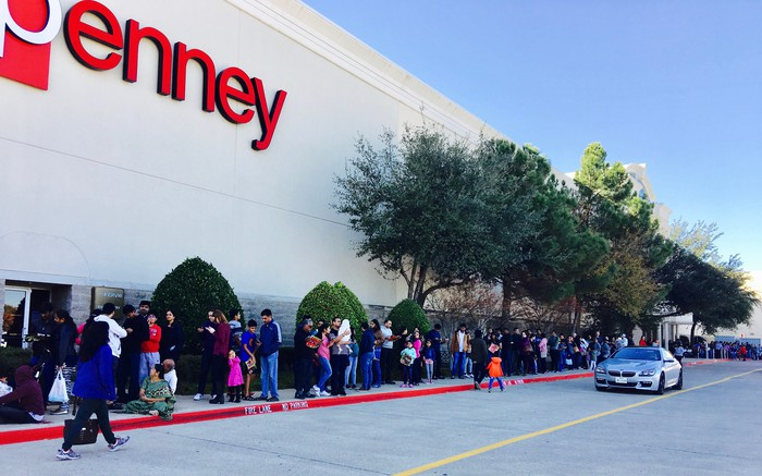 Black Friday crowds at J.C. Penney