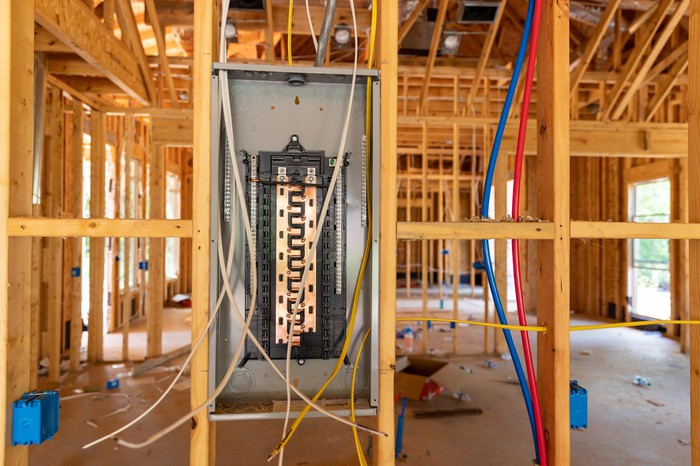 Electrical wiring at a construction site