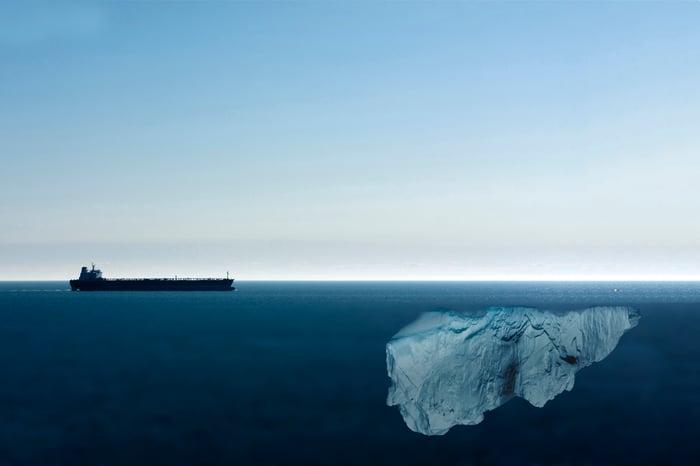 An ship approaching a hidden ice berg