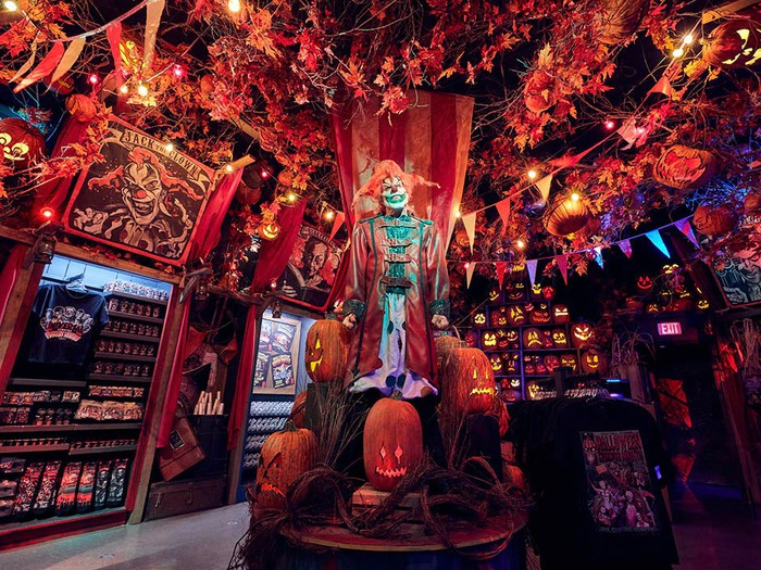The Halloween Horror Nights Tribute store at Universal Studios Florida for the 2020 season.