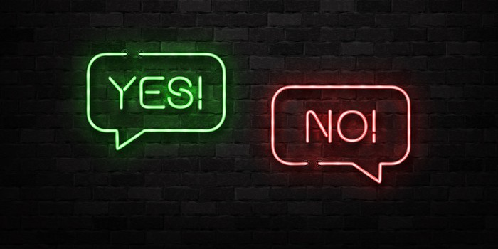 Neon signs of Yes and No.