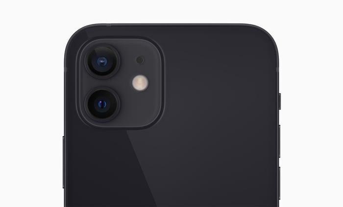 iPhone 12 in black